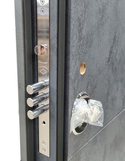 KALE 252 lower lock